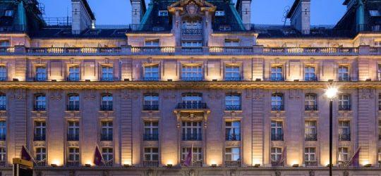 عطلة كازينو في فندق الريتز لندن نفس كازينو لاس فيغاسل